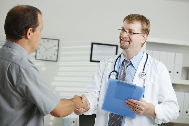 doctor talking to a patient preview